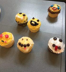 Cupcake Wars: Emoji Cupcake 3