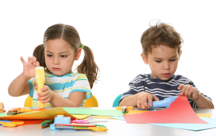 children-doing-crafts