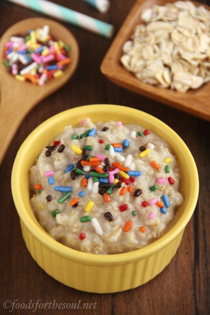 skinny-funfetti-cake-batter-oatmeal